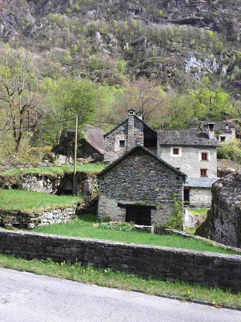 Quanto Costa Ristrutturare Una Stalla apartment & house to buy in cavergno | homegate.ch