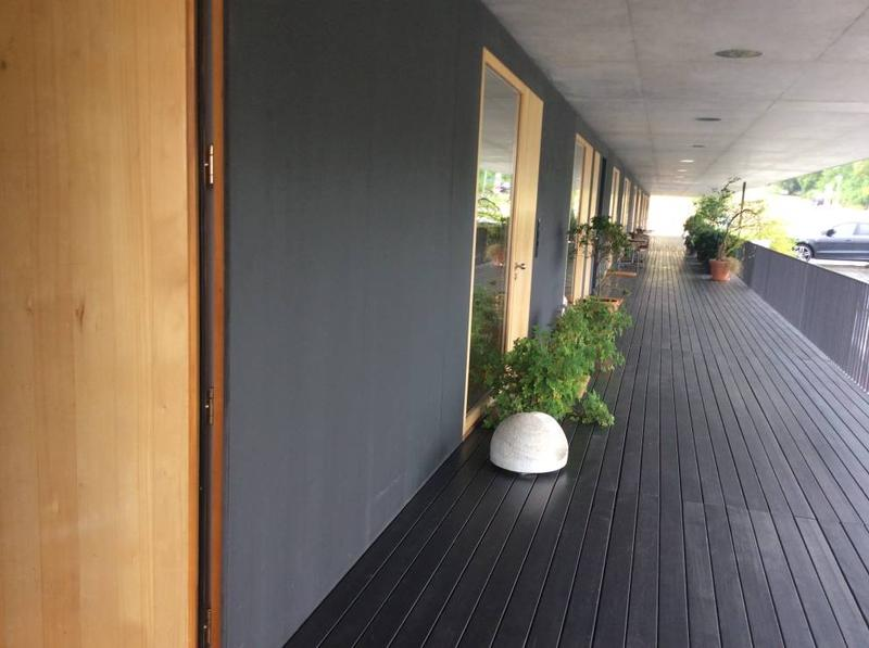 1-Zimmerwohnung inkl. grosszügigem Hobbyraum an ruhiger Lage im Grünen