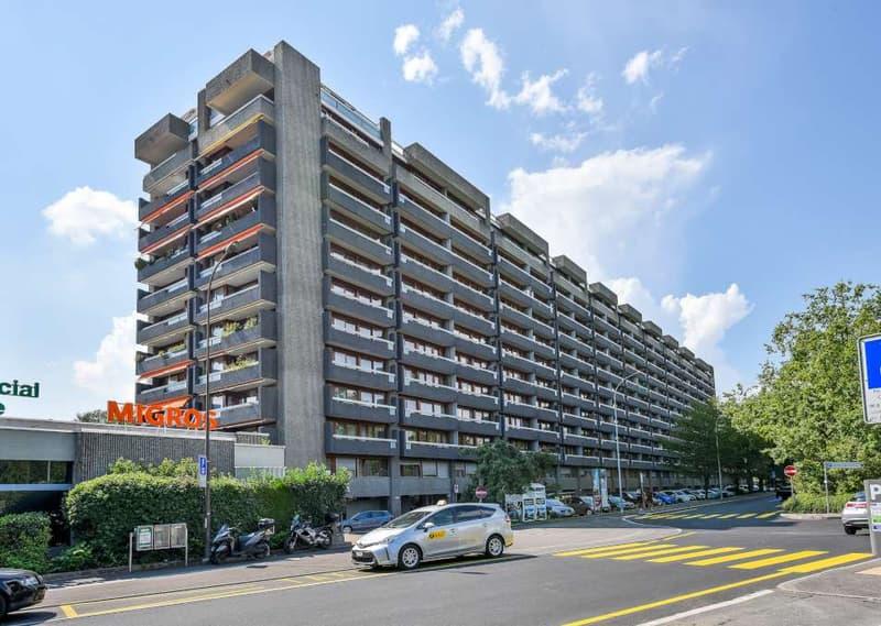 La Tourelle - arcade/bureaux d'une suface de 114m2 sur 3 niveaux
