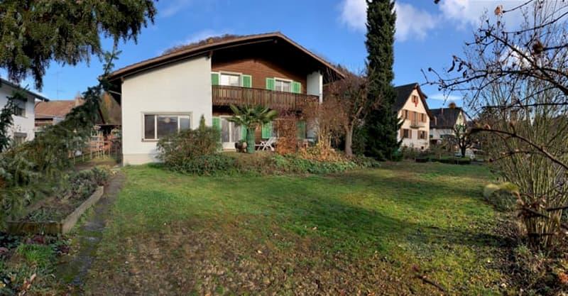 7-Zi-Einfamilienhaus in sonnigem, ruhigen, ebenen Wohnquartier