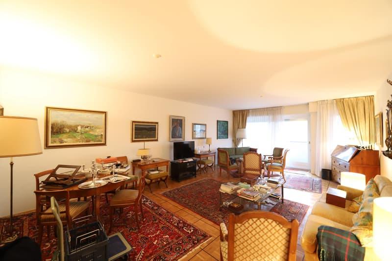 Bel appartement avec vue dégagée à Cologny