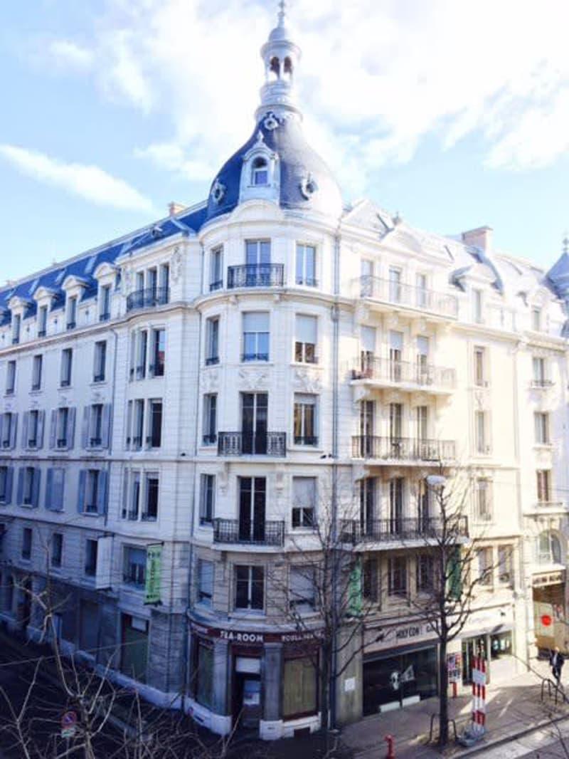 Magnifique loft de 120 m2 en plein coeur de Lausanne
