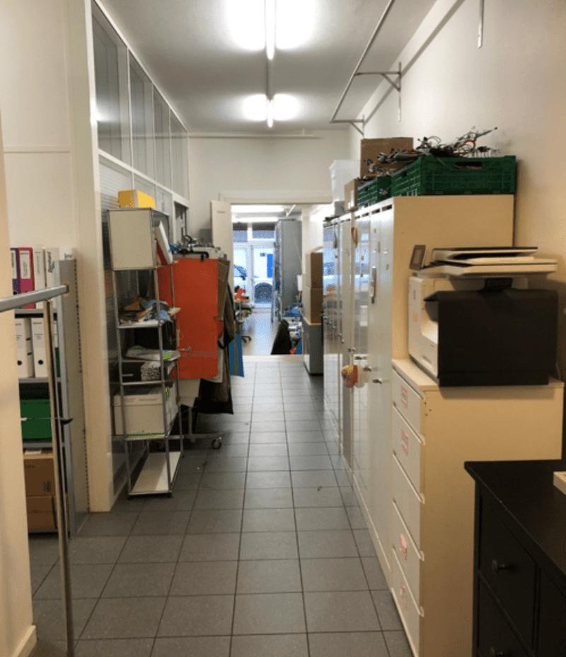 170m2 arcade et grand atelier proche gare des Eaux-Vives (2)