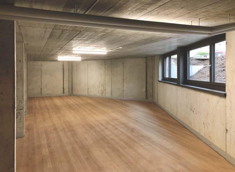 Grösser und heller Lagerraum / Atelierraum im Dorfkern von Wald (Erstvermietung)