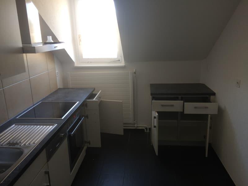 Sehr schöne 4 Zimmer Wohnung - Renoviert!