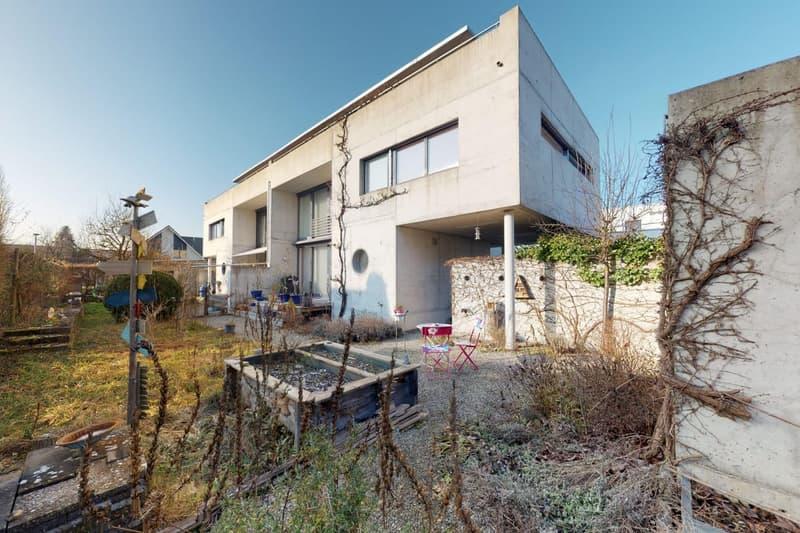 Stylisches Haus vereint Nachhaltigkeit mit moderner Eleganz