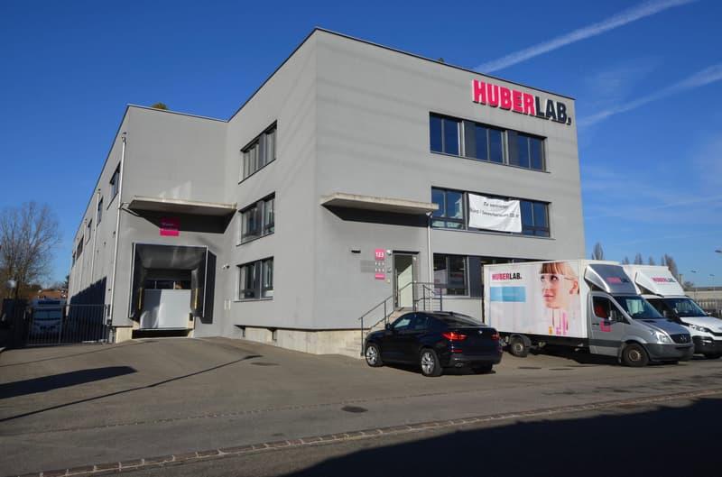 Heller Büro-/Gewerberaum im beliebten Industriequartier von Aesch
