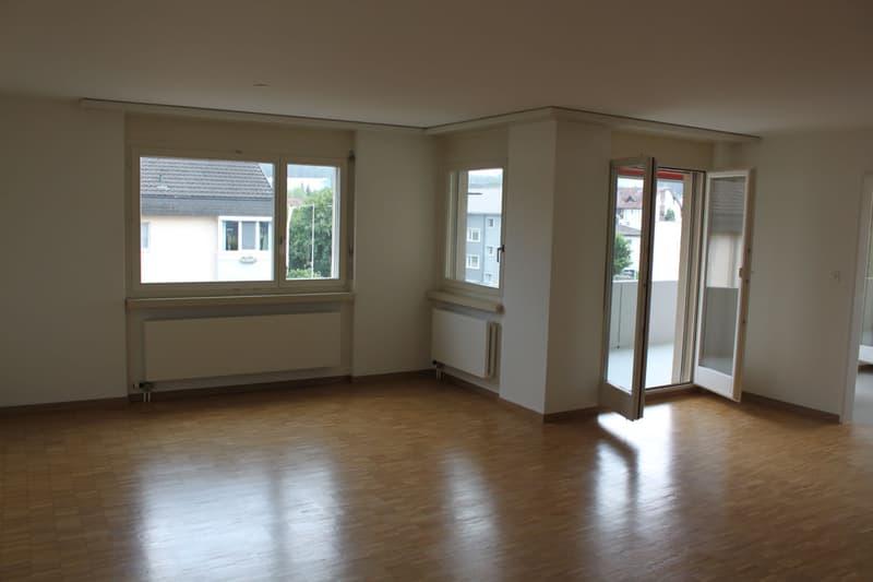 grosszügige 3.5-Zimmer-Wohnung (104m2) (2)