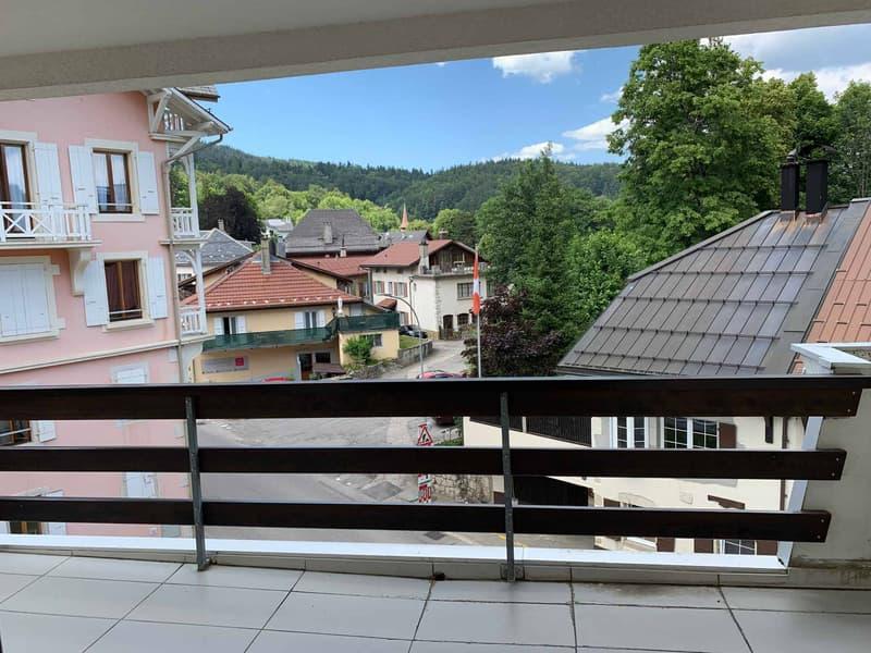 Au centre du village - Appartement duplex de 4 pièces au 4ème étage avec grand balcon