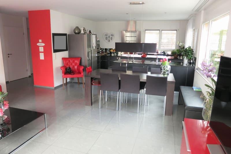 Schönes Einfamilien-Eckhaus an idealer Lage am Rande von Frauenfeld