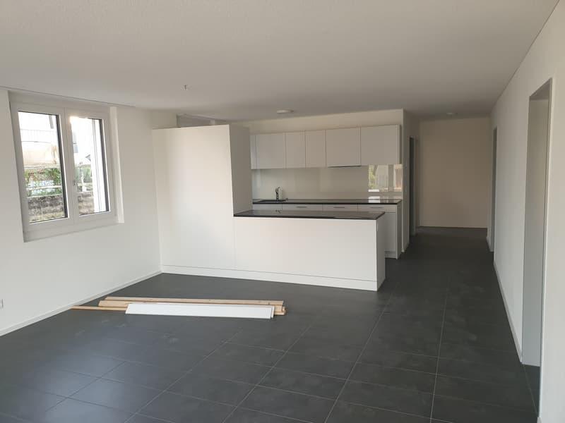 Neubau 4,5 Zimmer Wohnung in ländlicher Gegend (3)