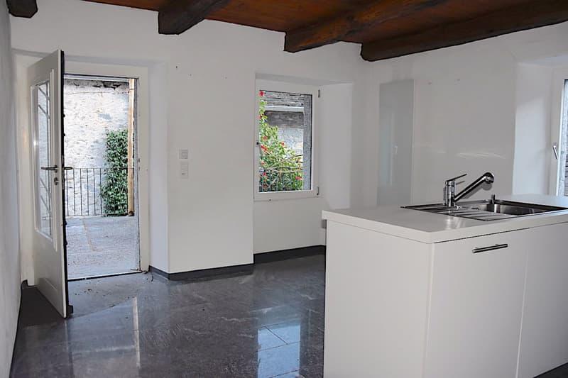 AVEGNO - Ristrutturata Casa Ticinese con 5,5 locali e Terrazza