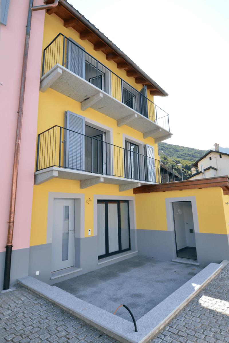 Appartamento di 3,5 Locali su 3 piani con terrazzo – 1'530 CHF/ mese + spese