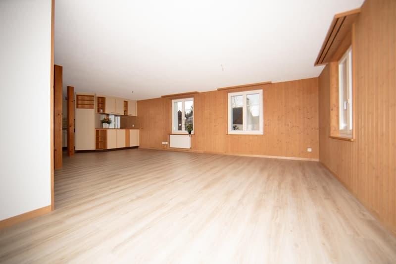 neu renovierte 6.5 Zimmer Maisonettewhg m. grossem Balkon und Seesicht