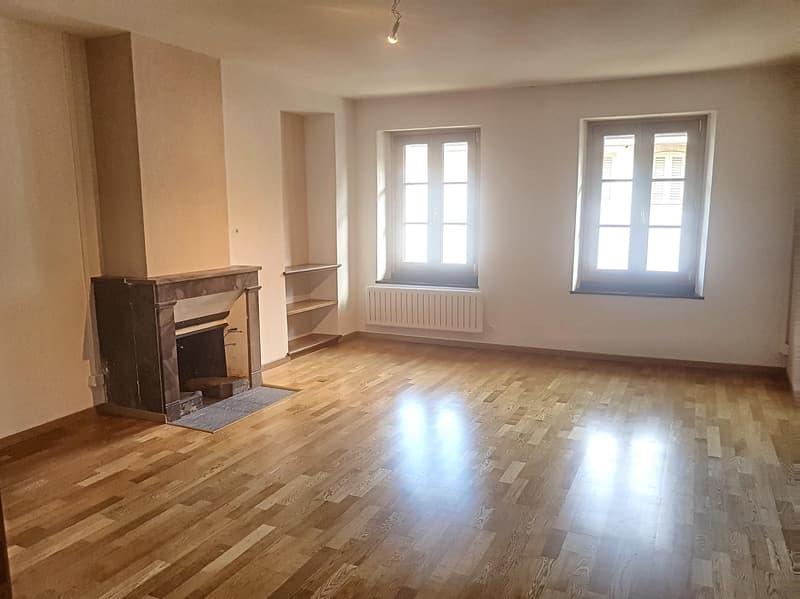 Appartement de 3 pièces duplex avec cachet dans le bourg de Coppet