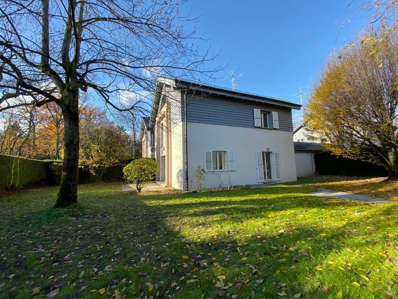 Villa mitoyenne - Grand-Saconnex - 6'500.-- CHF