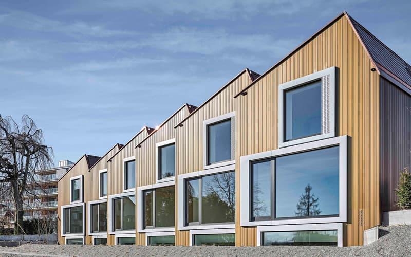 Beautiful modern lake side property / Beach House am Ufer des Zürichsees
