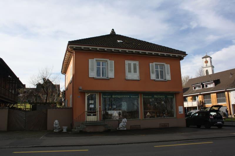 Wohn- und Geschäftshaus mit Ausbaumöglichkeit