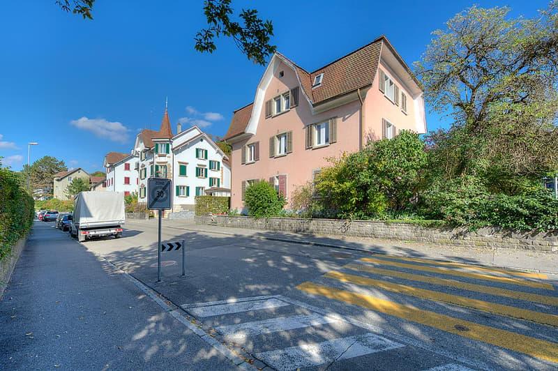 renovierte Wohnung an beliebter Wohnlage nahe Zentrum