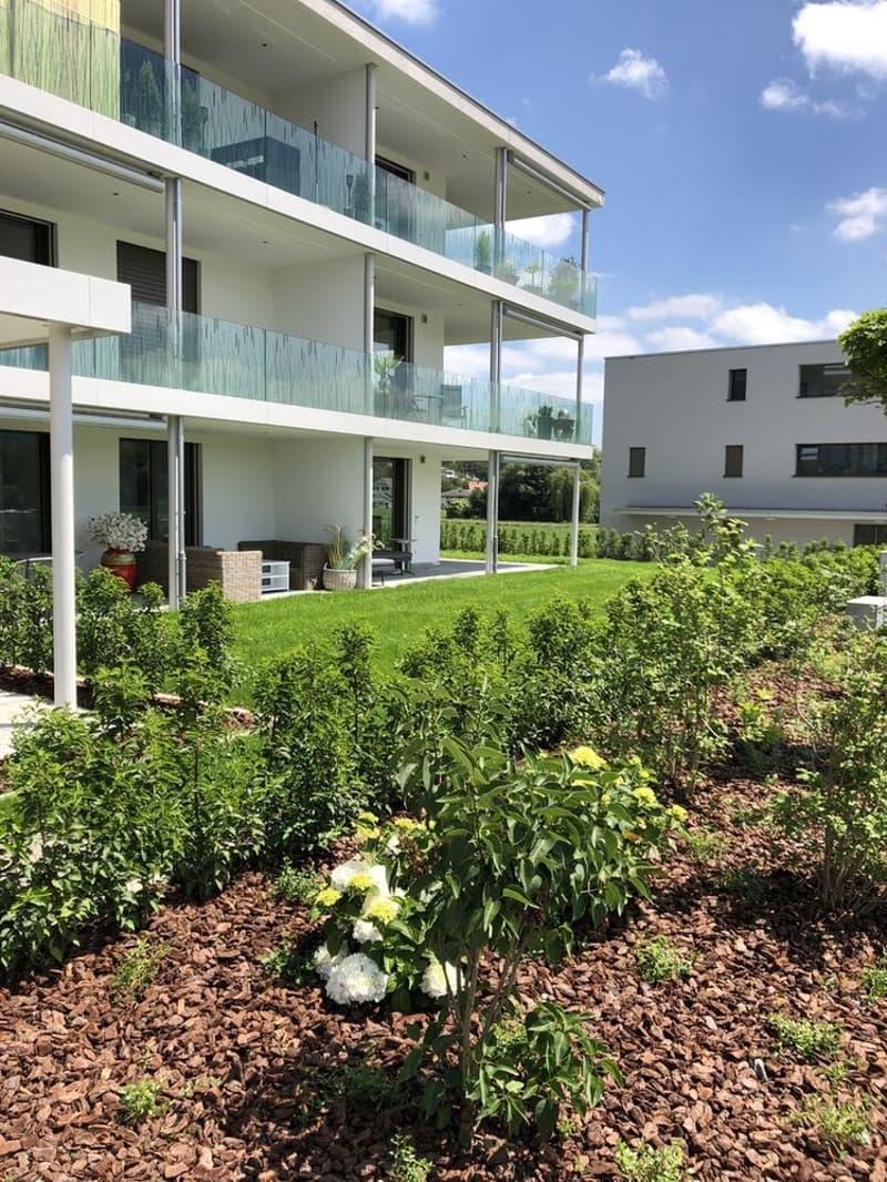 Bezaubernde 2.5 Zimmerwohnung mit Gartensitzplatz