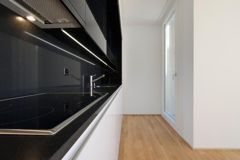Spacieux logement de 5 pièces avec 2 terrasses / 2ème /158 m2 (3)