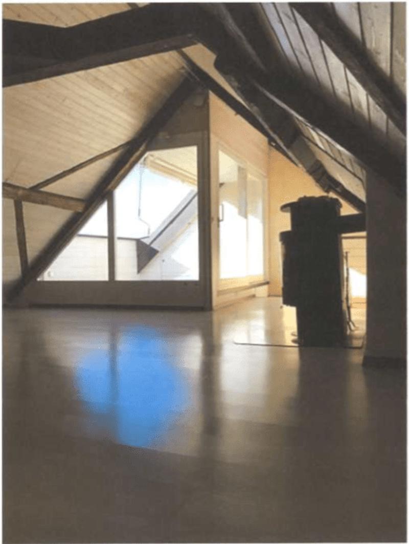 APPARTEMENT en attique de 5 1/2 pièces(130m2) duplex dans maison villageoise, à Chernex sur Montreux