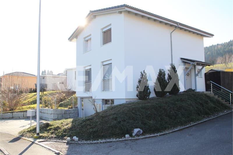 Neuwertiges, attraktives Einfamilienhaus