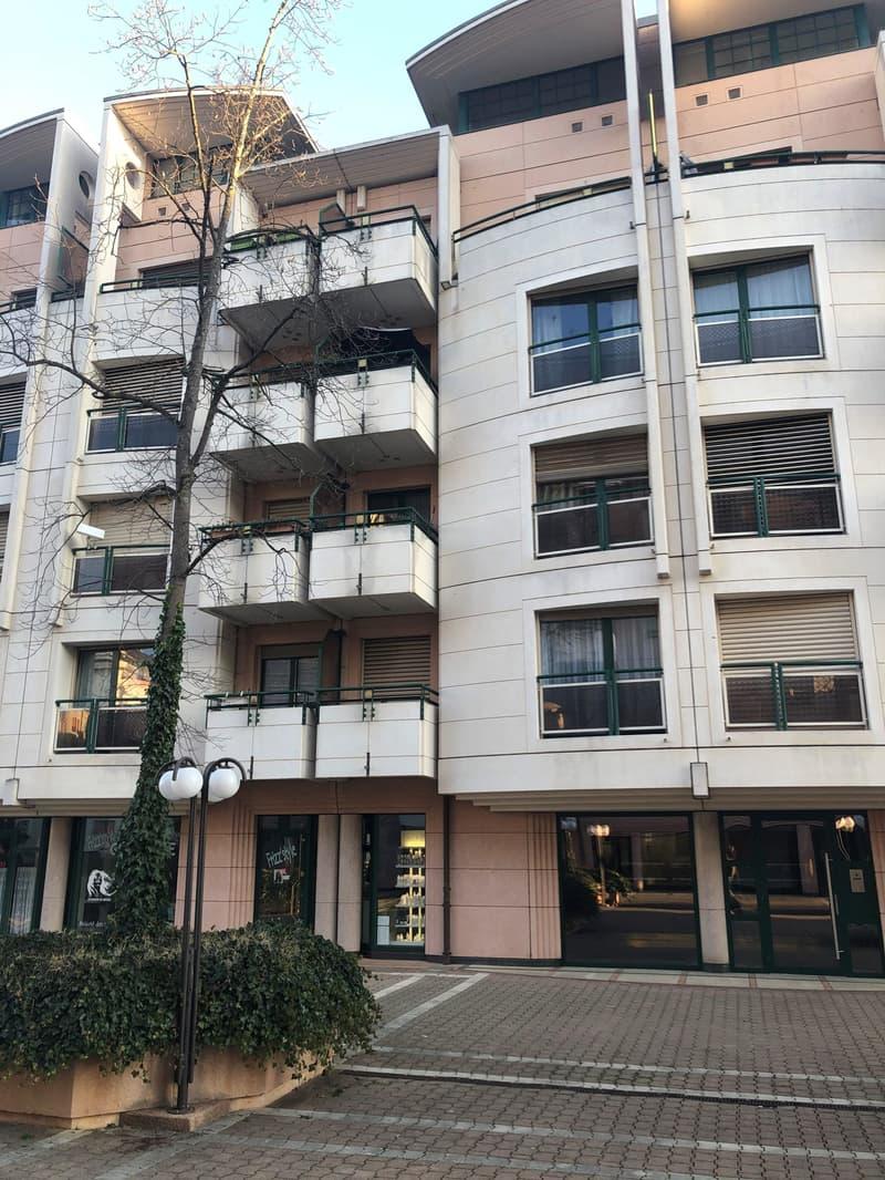 Chemin Frisco 1208 Geneve, Reprise de Bail, April 1 2020