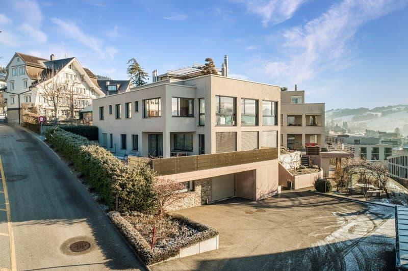 Generationenhaus mit 2 Wohnungen, Pool und traumhafter Aussicht!