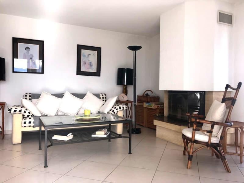 Magnifique duplex 4,5p // 3 chambres // 2 SDB // Balcon - Vue