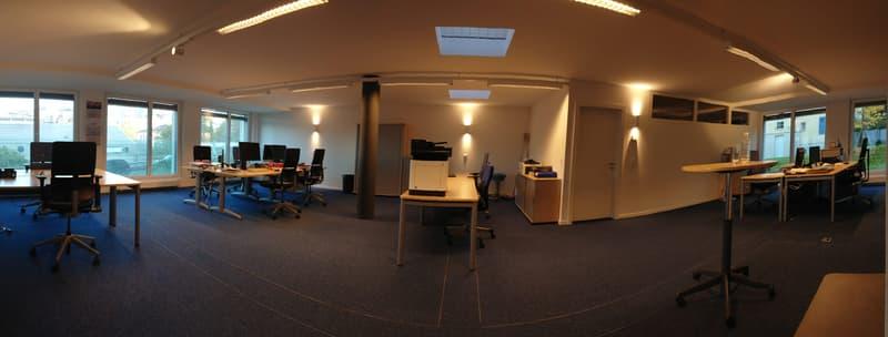 Bureau open space avec salle de réunion (2)