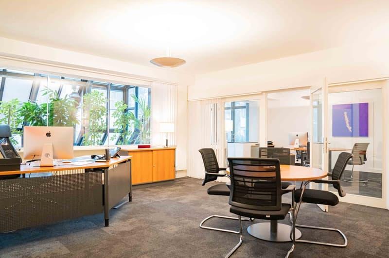 Beispiel-Büro