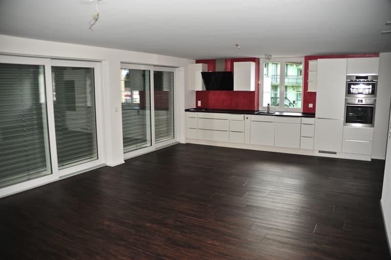 Wunderschöne 3.5 Z-Wohnung mit grossem Balkon mach Süden ausgerichtet