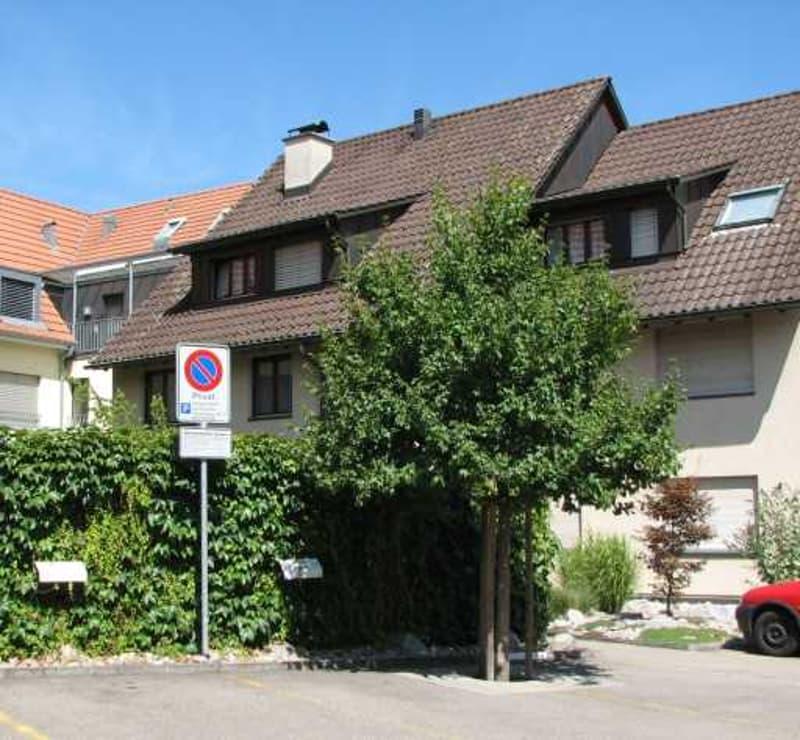 Originelle 3.5 Zimmer Dachwohnung im Zentrum von Aesch