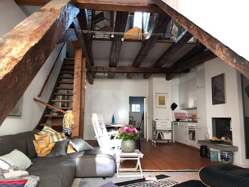 Dachwohnung mit Charme Nähe Grossmünster