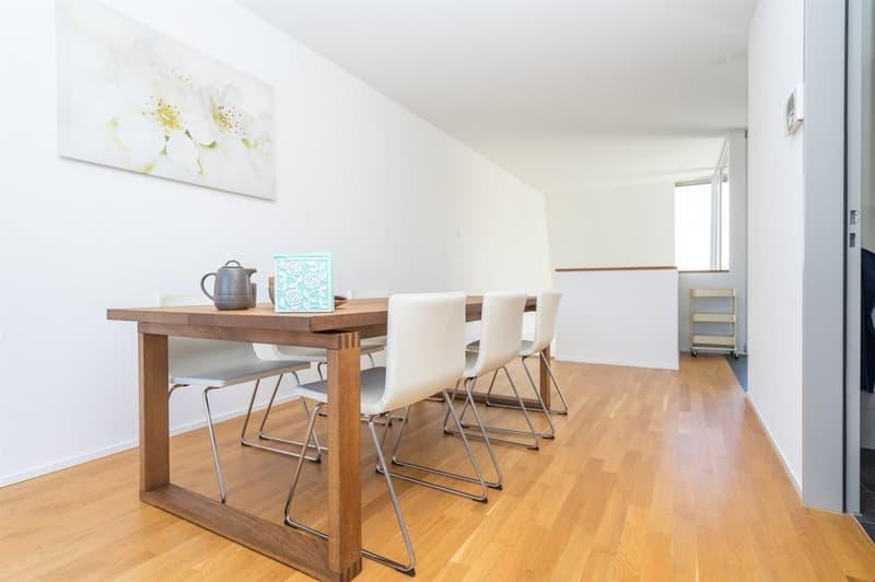 Essbereich einer ähnlichen Wohnung