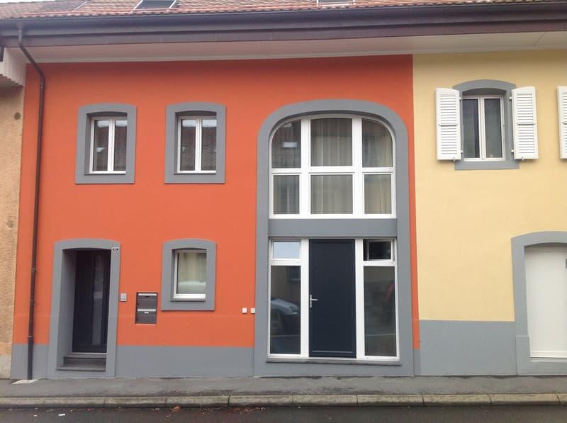 1ER LOYER OFFERT ! Magnifique studio dans une belle maison villageoise