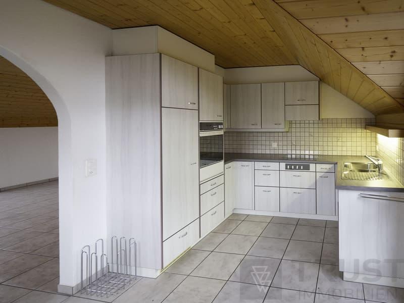 Helle Dachwohnung in Schindellegi.