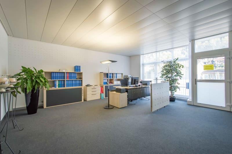 Helle Büroräumlichkeiten mit ca. 125 m²