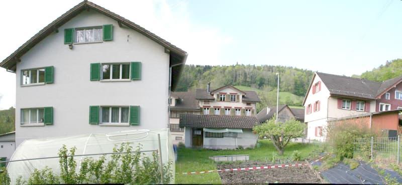 2 Fam. Haus mit freistehender Garage (ev. EFH)