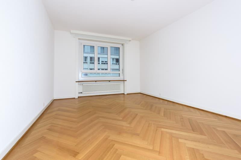 Magnifique appartement rénové dans le quartier de Champel (4)