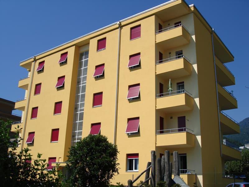 Centrale e luminoso appartamento di 2.5 locali al 3 'piano