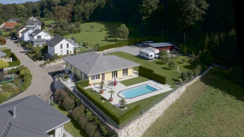 Traumhaus mit Pool und grosszügigem Garten