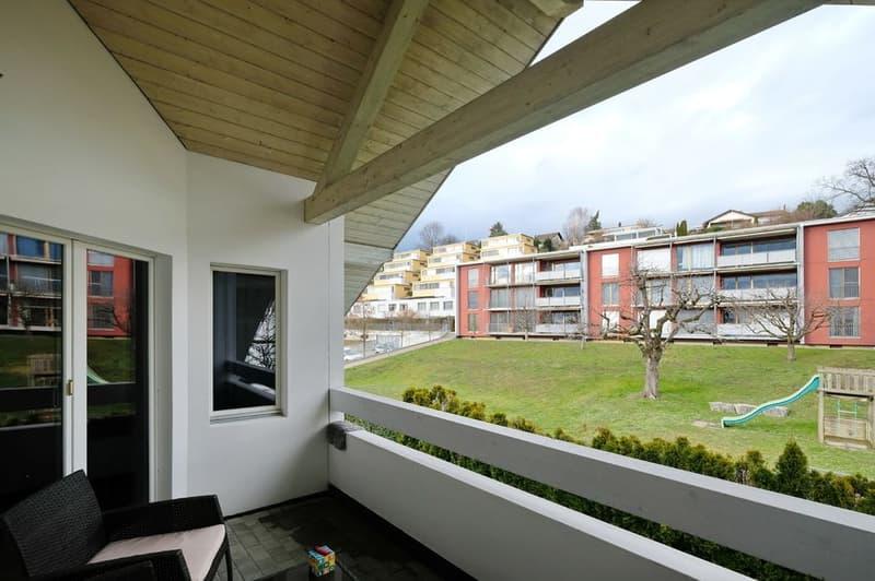 Traumhafte Dachwohnung mit Balkon