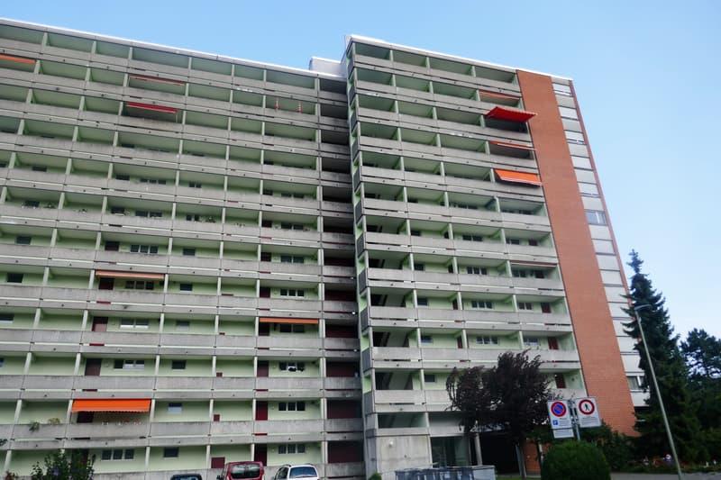 Renovierte 3-Zimmer Wohnung an zentraler Lage