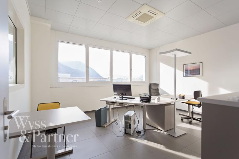 S. Antonino - spazioso ufficio