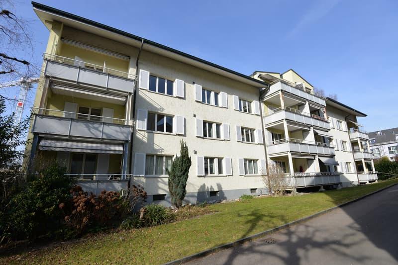 Zentrale Lage, Nähe Kantonsspital (1)
