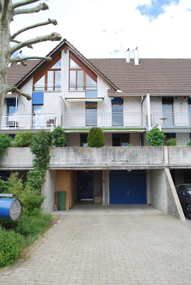 Renoviertes 6.5 Zimmer Einfamilienhaus mit Terrasse und Garten in Naturnähe