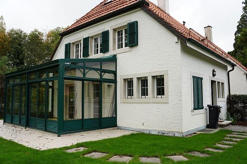 Villa jumelée, endroit calme et verdoyant, Onex