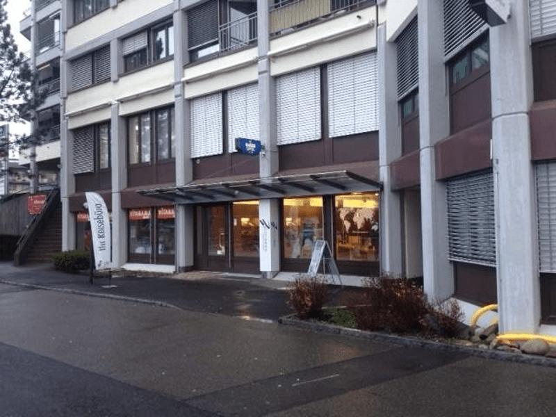 idealer Standort! Büro-/Ladenlokal im Zentrum von Steinhausen